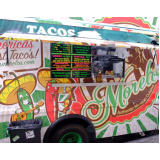 serviço de envelopamento de food truck com logo Salesópolis